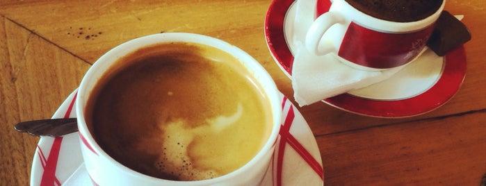 Anni Café | کافه آنی is one of Lieux qui ont plu à Nora.
