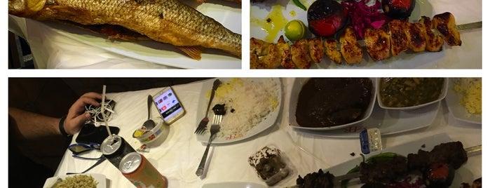 Hasan Rashti Restaurant | رستوران حسن رشتی is one of Lieux qui ont plu à Nora.