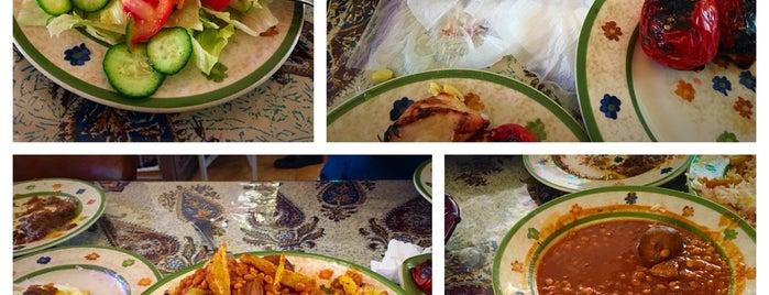 Khorshid Traditional Restaurant | رستوران سنتی خورشید is one of Lieux qui ont plu à Nora.