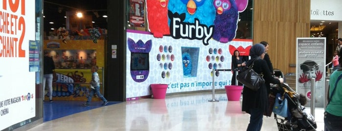 Toys'R'Us is one of Essential shopping in Paris.
