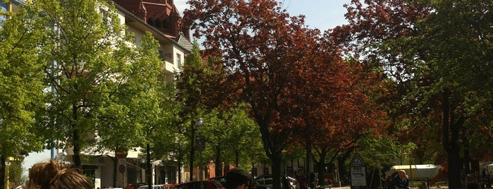 Marheinekeplatz is one of Aoife : понравившиеся места.