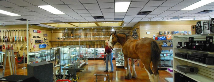 Olathe Trading Post & Pawn is one of Kansas City's Gun Shops and Ranges.