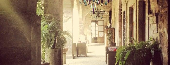 Hotel de la Soledad is one of Morelia.
