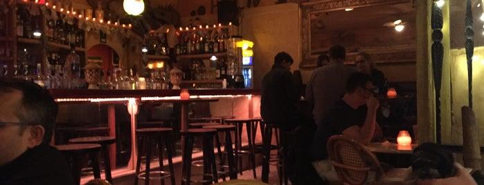 Bar Carlitos is one of Locais salvos de Maruška.