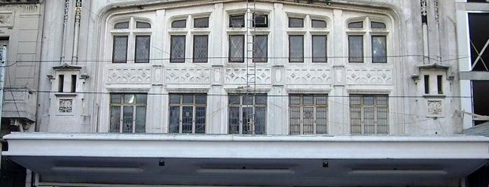 Teatro Regio is one of Teatros de Buenos Aires.