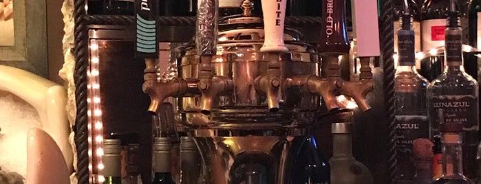 Greenwich Oyster Bar is one of Posti che sono piaciuti a Nicole.