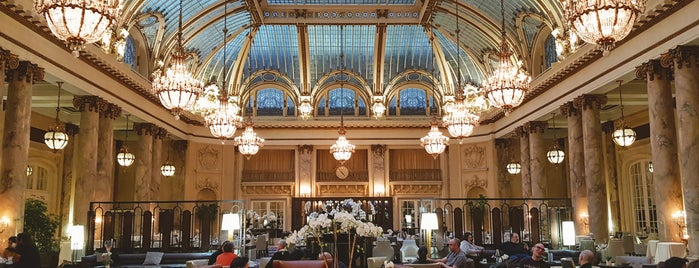 Palace Hotel is one of Posti che sono piaciuti a Matthew.