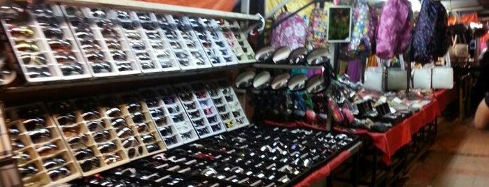 Batu Ferringhi Night Flea Market (Sidewalk Bazaar) is one of Penang.