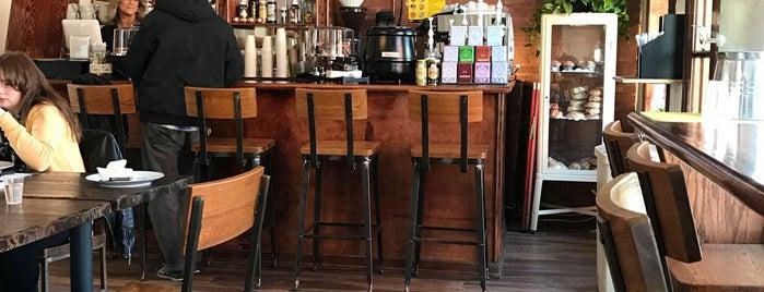 Cozy Coffee is one of Tempat yang Disimpan Richard.