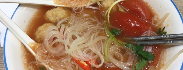 Pho 1 Vietnamese Restaurant 越一牛肉粉專門店 is one of Patrick's Liked Places.