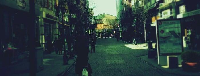 Asarcıklı Caddesi is one of Eskişehir'deki Caddeler.