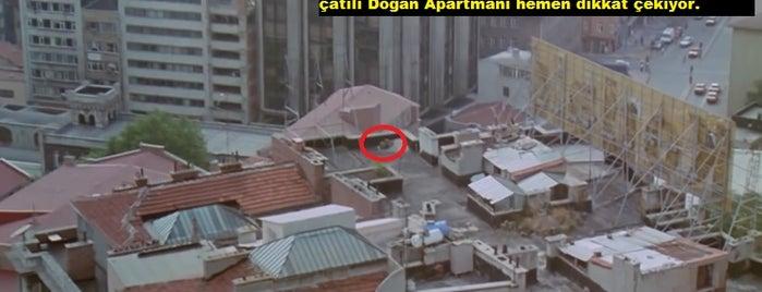Doğan Apartmanı is one of Türk Filmlerinin Çekildiği Mekanlar.