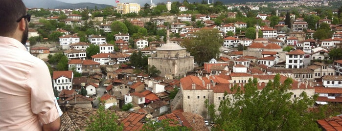 Zariftat Hıdırlık Seyirtepe Terası is one of Istanbul..