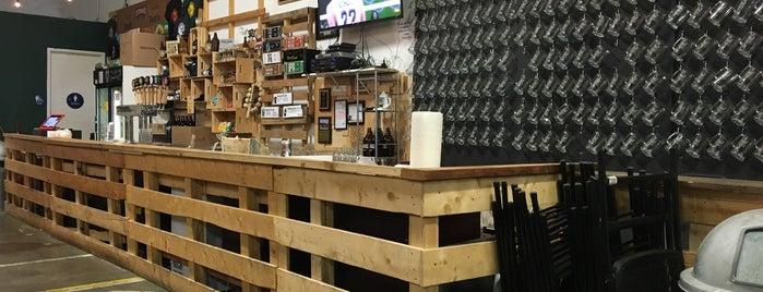 Strike Brewing Co. is one of Orte, die Anthony gefallen.