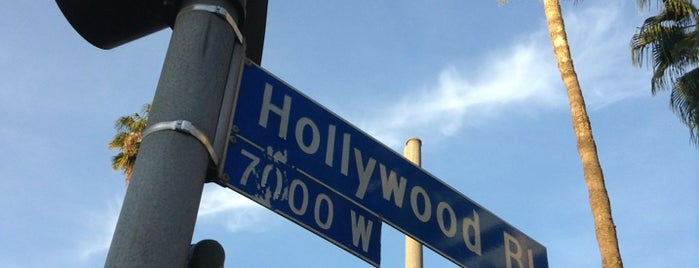 Hollywood Bulvarı is one of California Trip.