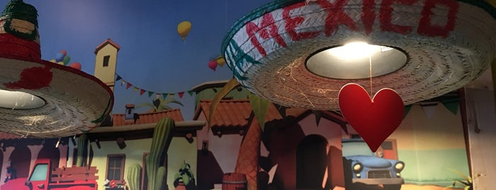 Puerta Mexicana is one of Faye : понравившиеся места.