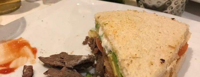 Restaurant Hola is one of Posti che sono piaciuti a Alberto J S.