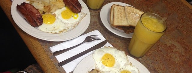 Bed-Stuy Diner is one of Brooklyn's Best Coffee by Subway Stop.