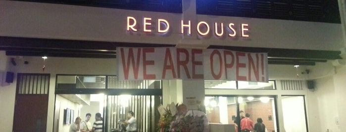 Red House Seafood Restaurant is one of Lieux qui ont plu à Ian.