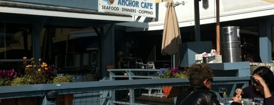 Sam's Anchor Cafe is one of Tempat yang Disukai Brian.