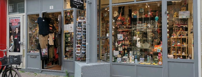 Presents & More is one of Best of Amsterdam.