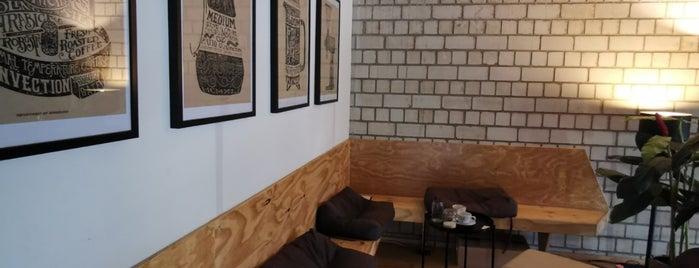 Schvarz Café is one of Düsseldorf beloved.