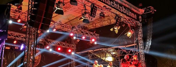 Phantastischer Lichter-Weihnachtsmarkt is one of Saisongeschäfte.