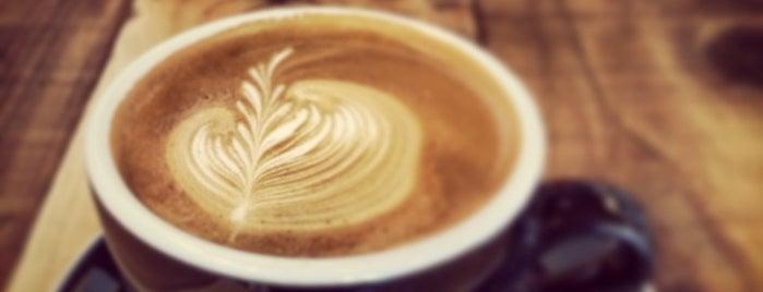 LANTERN coffee & beer is one of phuwa''ın Kaydettiği Mekanlar.