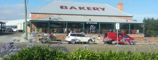 Trappers Bakery is one of Syd - Melb.