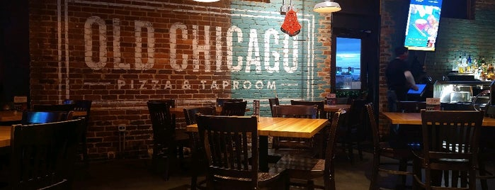 Old Chicago Pizza & Taproom is one of Orte, die Anthony gefallen.