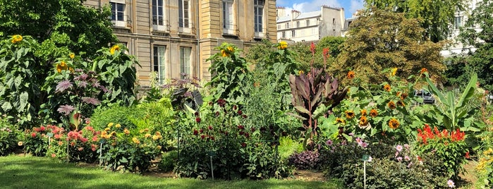 Jardin alpin is one of Paris.