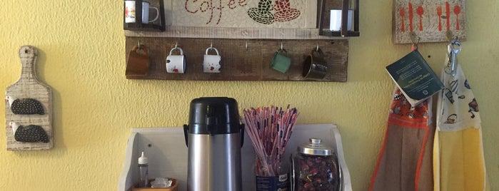 Garoa Cozinha Tradcional is one of Lugares favoritos de Carol.