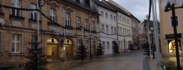 Bayreuth is one of Lugares favoritos de Charles.