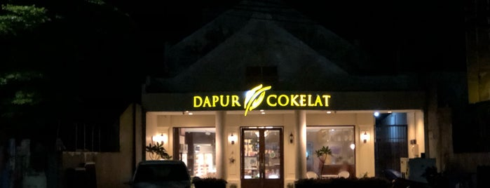 Dapur cokelat is one of Makassar.