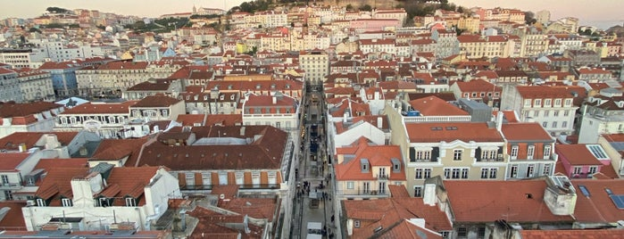 Miradouro do Elevador de Santa Justa is one of Lisboa.