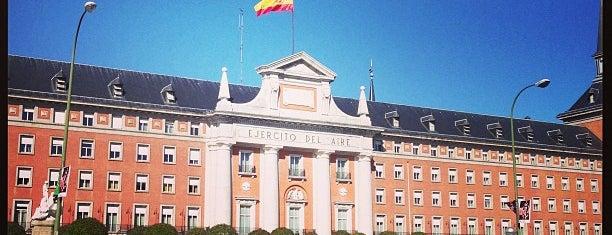 Ejército del Aire is one of Lugares favoritos en España.