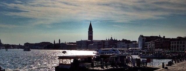 Riva Degli Schiavoni is one of Venezia.