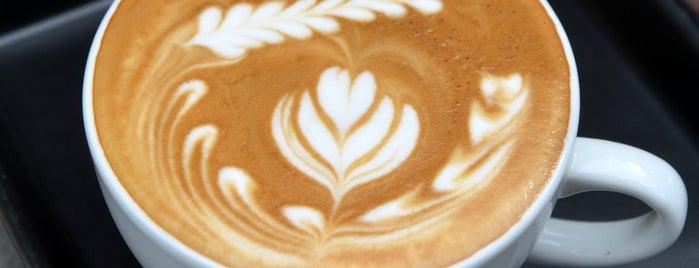 Stella's Coffeehaus is one of Sean Alden'in Beğendiği Mekanlar.