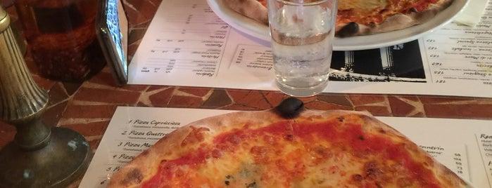 Pizza Da Mimmo is one of Oslo.