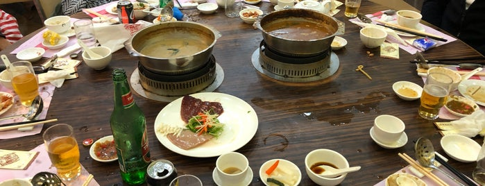 Ying Kee Hotpot Seafood Restaurant is one of Favorite Local Eats.