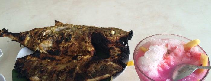 Rumah Makan Torani (Pusat Seafood Balikpapan) is one of Lieux qui ont plu à Cinta.