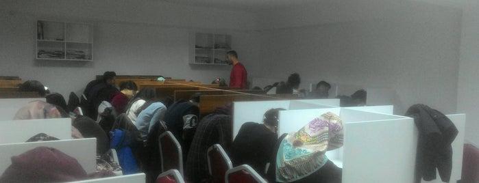 Kuşatan Özel Öğretim Kursu is one of Lieux qui ont plu à Yalçın.