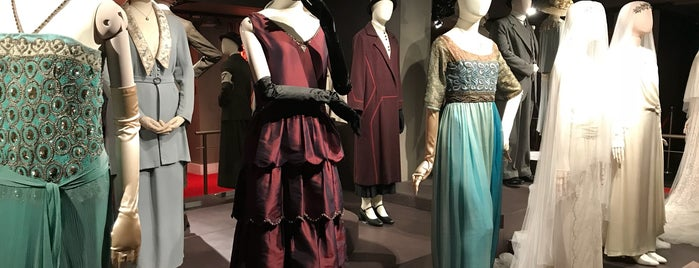 Downton Abbey: The Exhibition is one of Heather 님이 좋아한 장소.