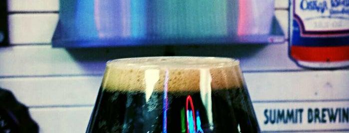 Portage Lakes Brewing Company is one of Lugares favoritos de Mark.