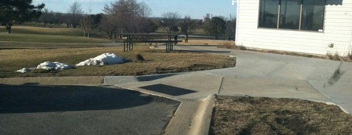 Mahoney Golf Course is one of Tempat yang Disukai Joe.