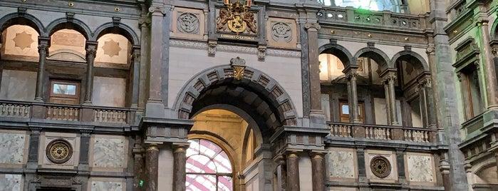 Gare d'Anvers-Central is one of Lieux qui ont plu à Chez.