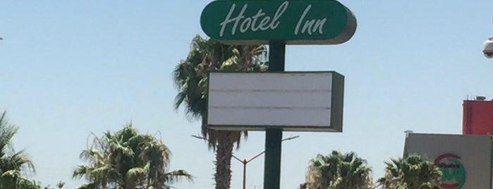 Hotel Cedros is one of Tempat yang Disukai Enrique.