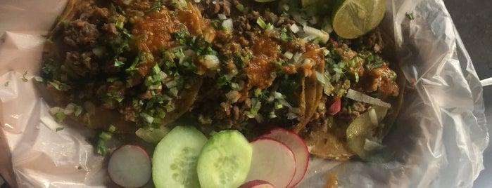 Tacos el paisa is one of Tempat yang Disukai Enrique.