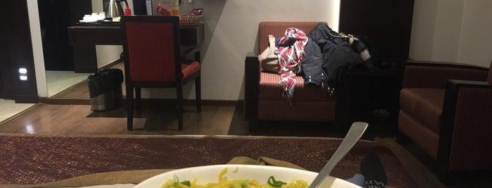 Hotel Godwin Deluxe New Delhi is one of Tempat yang Disukai Enrique.