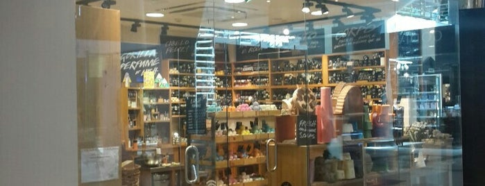 Lush is one of Lissabon.
